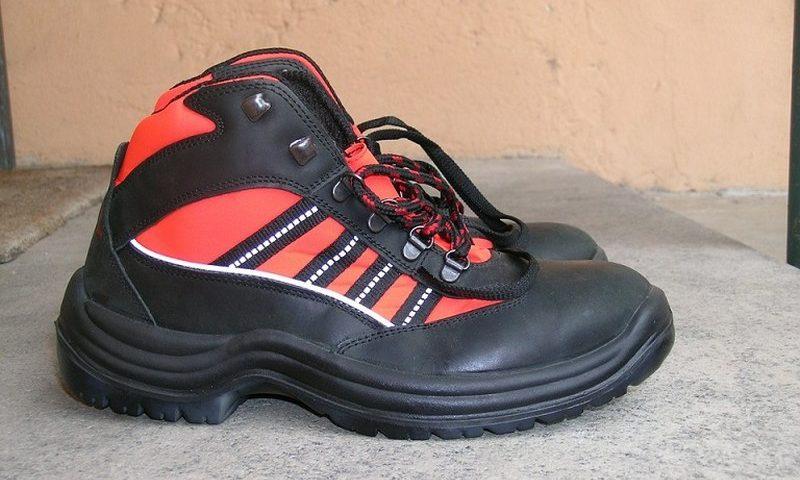 scarpe-antinfortunistiche_800x600