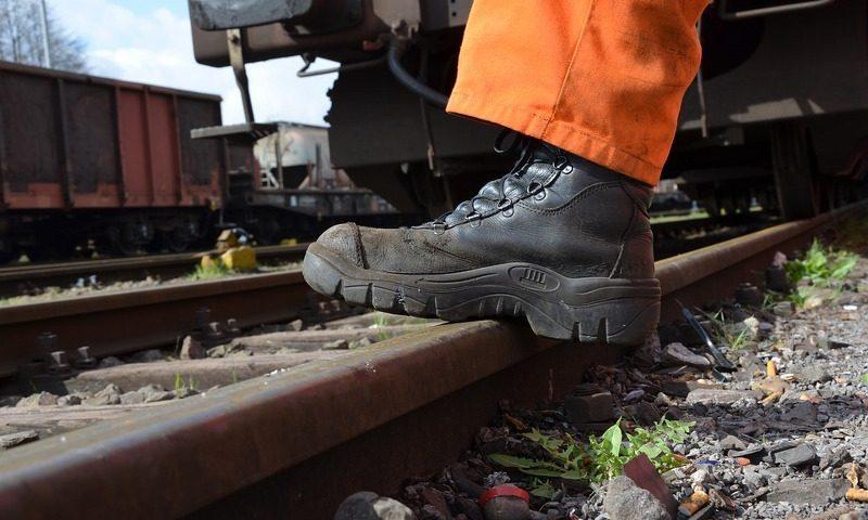 scarpe-da-lavoro_800x529